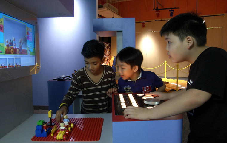 Kids trying out Stop motion movie maker